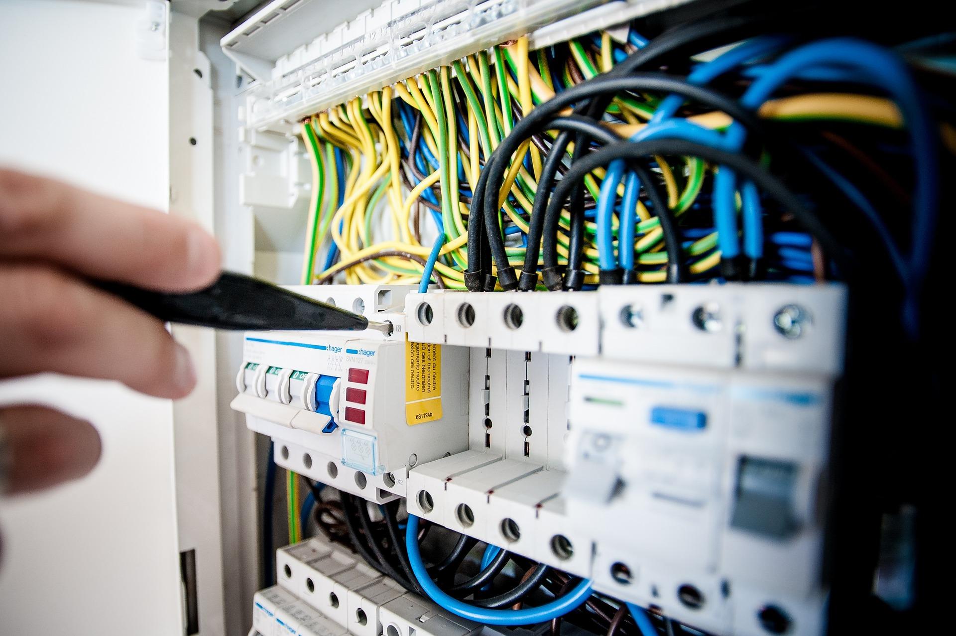 Avvio di un'attività di elettricista